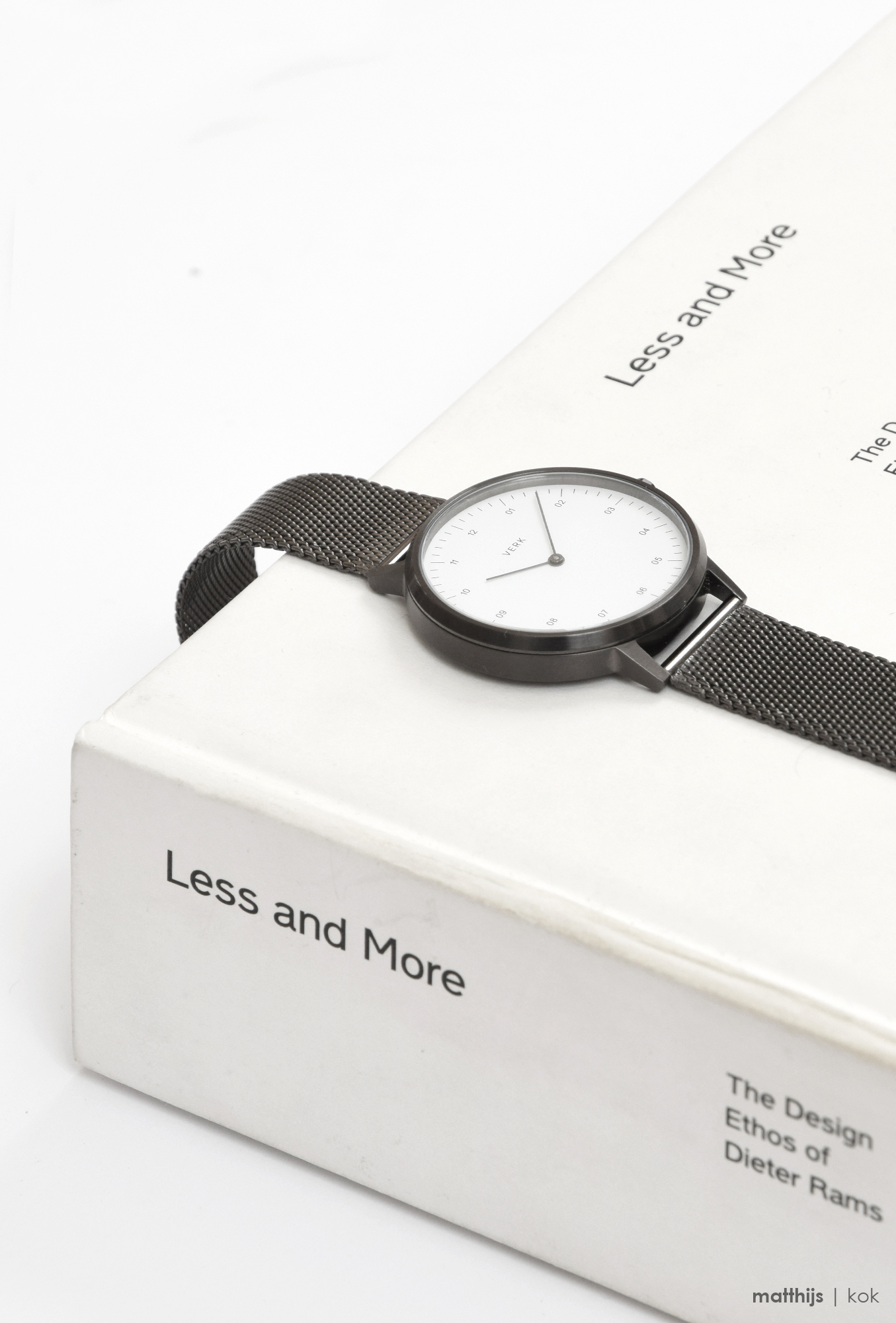 VERK Gunmetal / Mesh Watch | Photo by Matthijs Kok