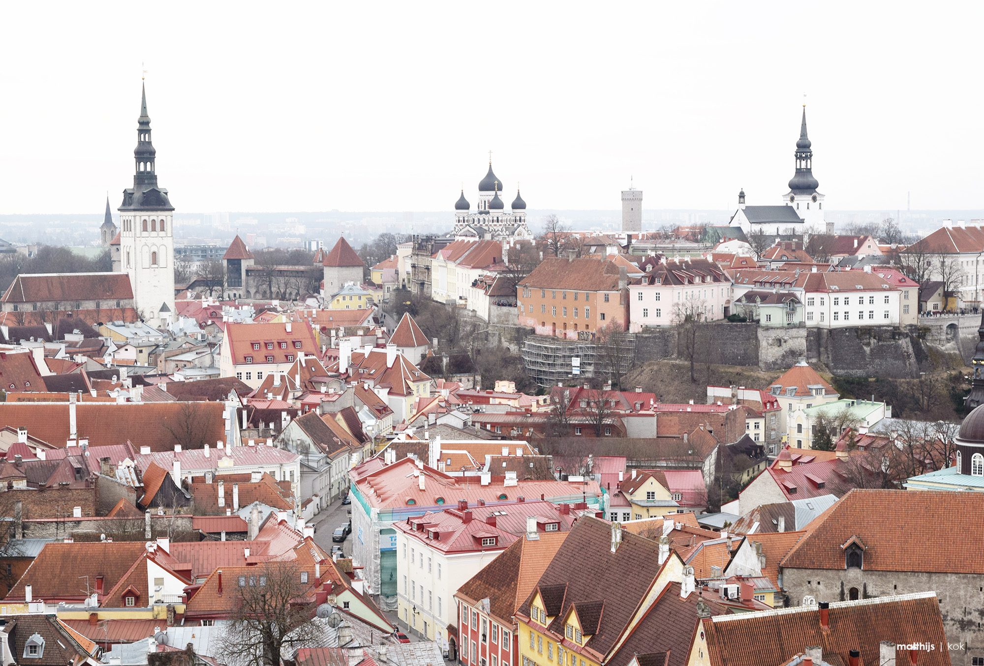 Aerial view of the Toompea Hill, upper city of Tallinn, Estonia | Photo by Matthijs Kok
