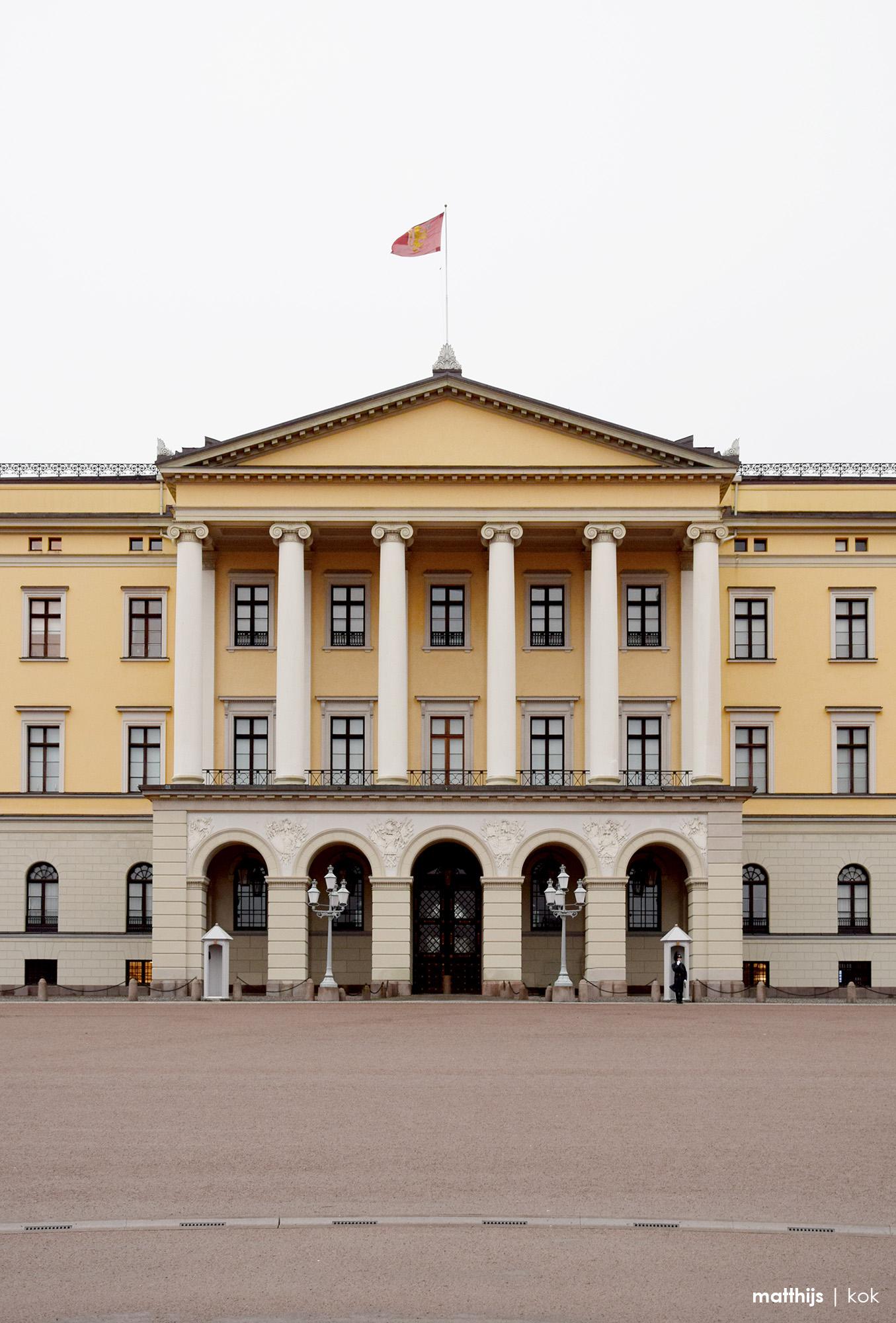 Royal Palace, Oslo, Norway | Photo by Matthijs Kok