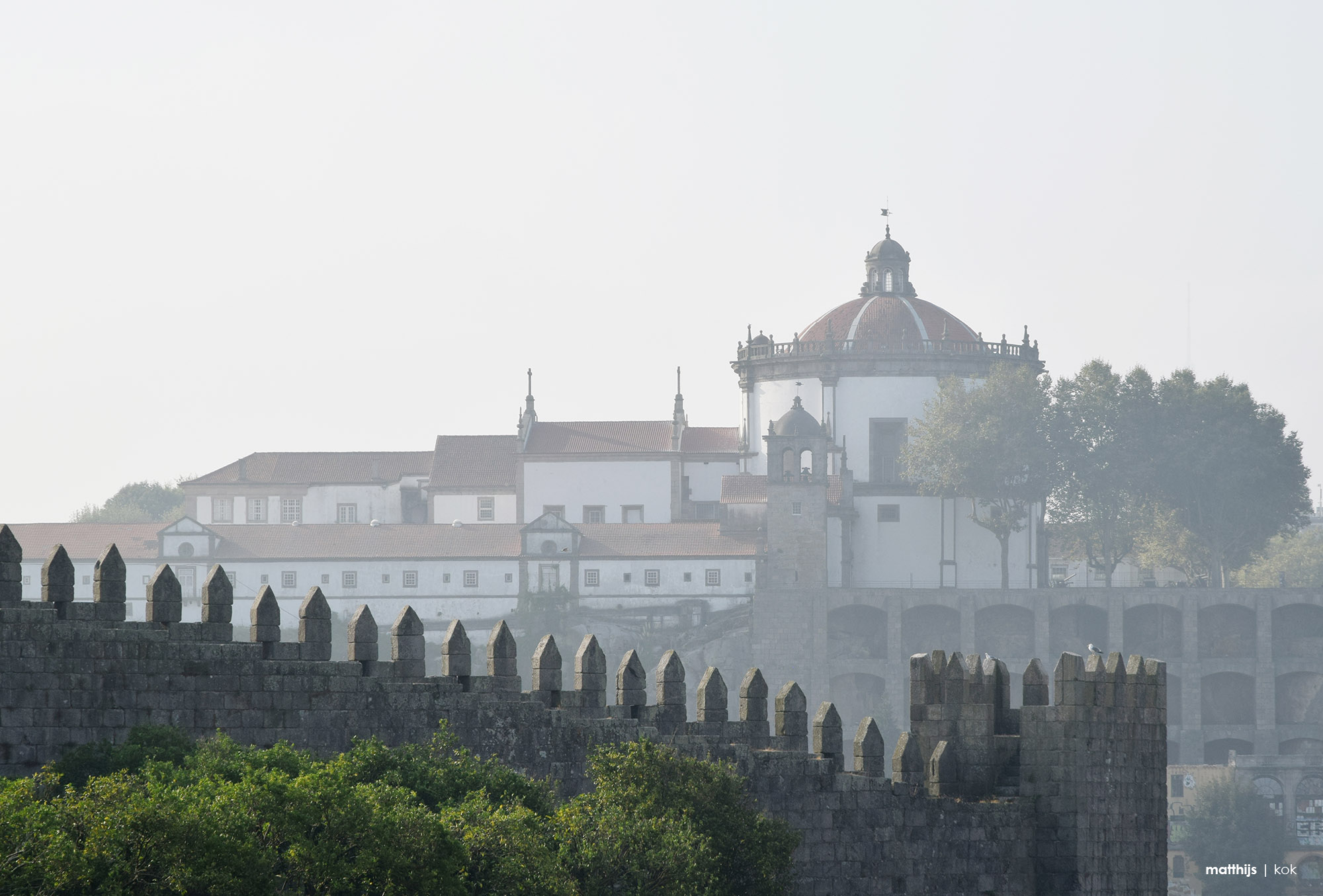 Claustros do Mosteiro da Serra do Pilar, Porto, Portugal | Photography by Matthijs Kok