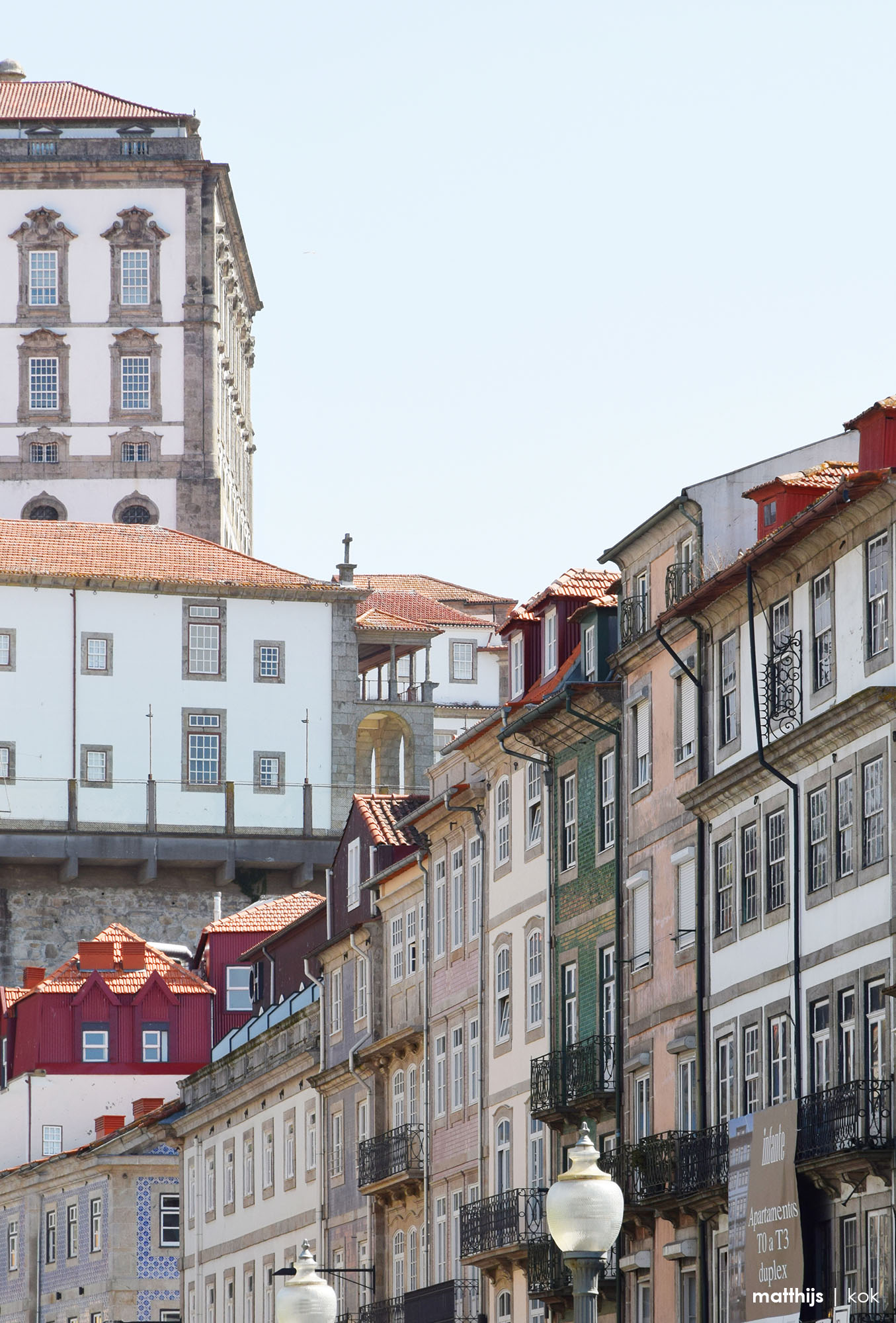 Streets of Porto, Portugal | Photography by Matthijs Kok